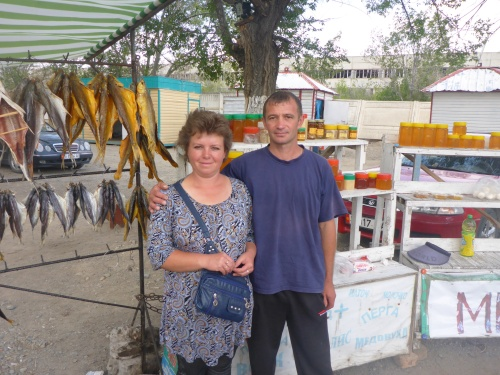 We bought one of those smoked yellowfish from this road side stand as we left Issyk-Kul lake
