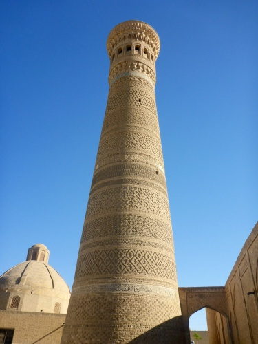 Poi-Kalon minaret, Bukhara, Uzbekistan - 47m high, it was built in 1127, over deep foundations of reeds to withstand earthquakes and has never required structural repairs.