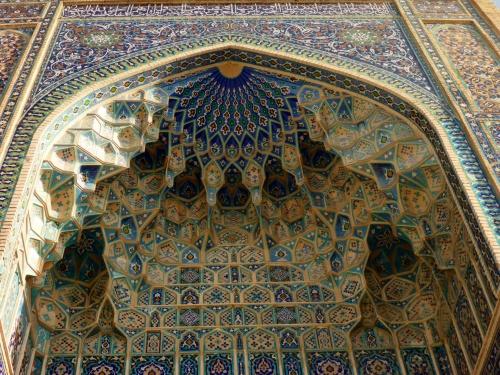 Amir Temur mausoleum, Samarkand, Uzbekistan- deep niches and muqarnas decorations