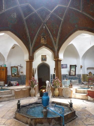 Teahouse, Kashan bazar, Iran