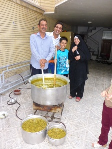 Zoreh's family has prepared the largest pot of osh and prove such massive pots are household items