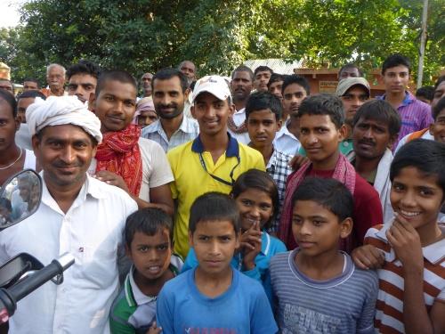 Leaving a village between Chhapra and Muzaffarpur, India
