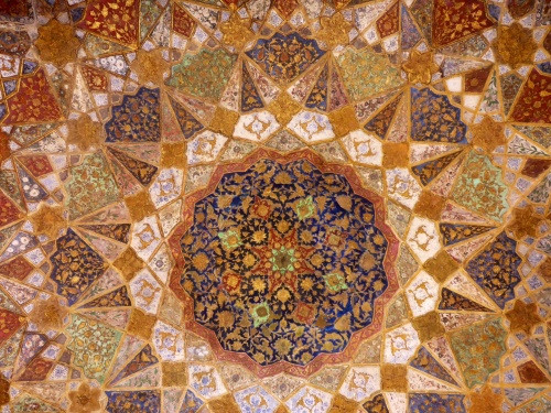 Ceiling above the tomb inside I'timad-ud-Daulah mausoleum, Agra, India