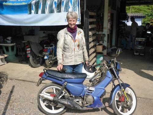 Anne's loan bike while Nung works on her bike