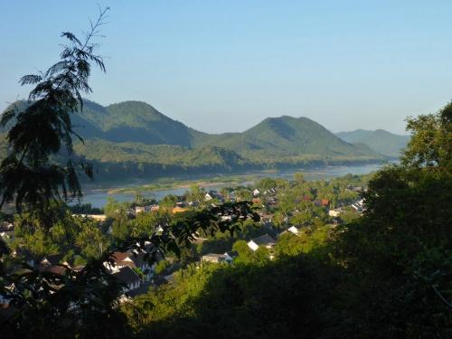 Luang Prabang et Mékong, Laos vu du Mont Phu Si