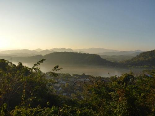 Luang Prabang et Mékong vus du Mont Phu Si, Laos