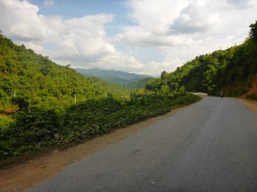 Heading up the mountain towards Kalaw, Myanmar