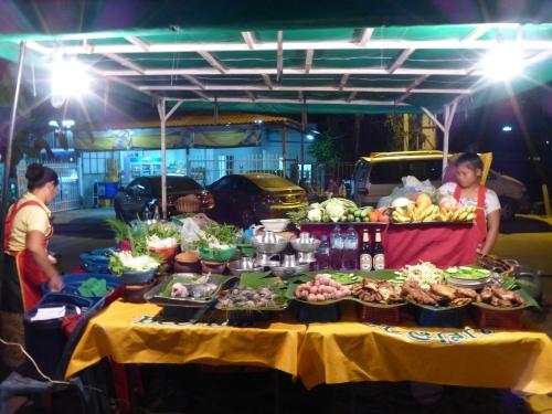 We had a delicious prawn dinner at this  restaurant, Vientiane, Laos