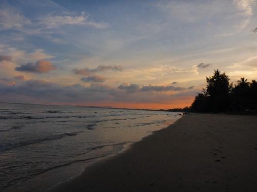 Bang Saphan beach, Thailand
