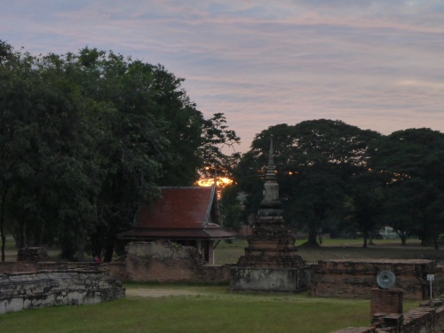 Sun setting on Wat Mahathat, Ayutthaya