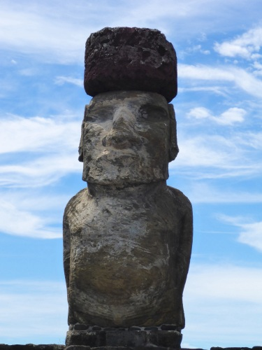 Tongariki moai with pukao