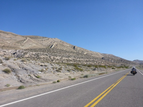 Along Ruta 40, a geologist's paradise and great bike riding road