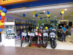 Like in Peru, motorcycles are sold in whitegoods stores in Ecuador