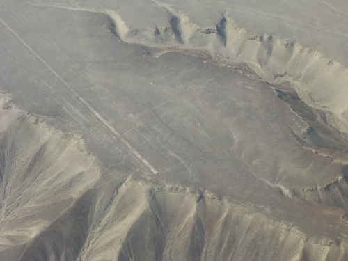 The hummingbird geoglyph showing some of the terrain around.