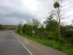 Still 40kms/hour on our way to David, Panama
