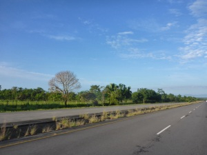 Nice to see blue skies as we head to Paso Canoas border at 7am