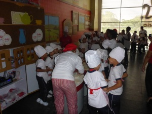 Pizza making school for kids in a shopping centre, Cali, Colombia