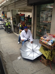 Umbrella repaIrer in Medellin