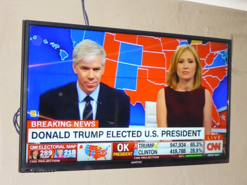 All the pundits said Clinton.