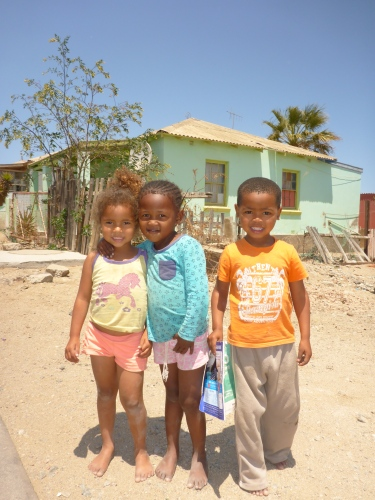Mais, Katia and Luciano asked me to take a photo of them - Lüderitz